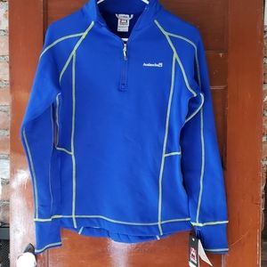NWT Avalanche Pull Over Active Layer Size Medium